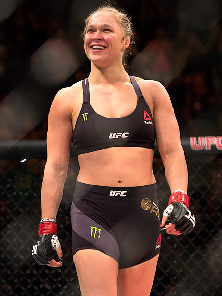UFC Champion Ronda Rousey KOs Challenger Bethe Correia in 34 Seconds