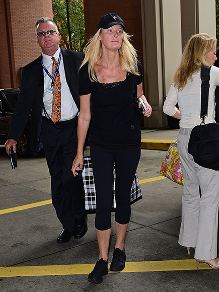 Sandra Lee Released From Hospital After Successful Surgery