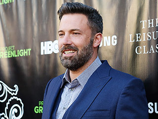 Ben Affleck Admits Feeling a 'Ton Of Pressure' For Upcoming Movie Batman v Superman