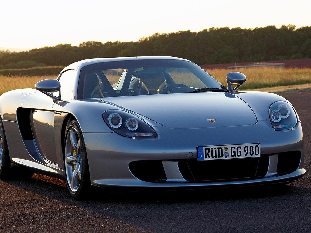 Porsche The new 911 Carrera 4S - Porsche USA