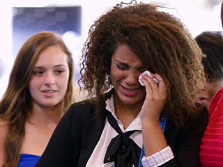 VIDEO: American Idol Hopeful Has Room in Tears When Her Mother Surprises Her from Overseas