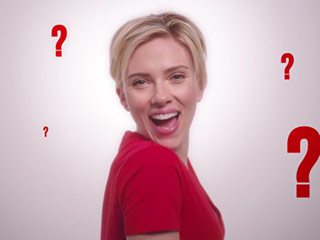 VIDEO: Scarlett Johansson Sings and Barry Manilow Are a Match Made in Heaven in Duet for Bono's (RED) Campaign