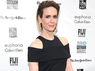 Sarah Paulson Is a Bombshell in Black at Gotham Film Awards