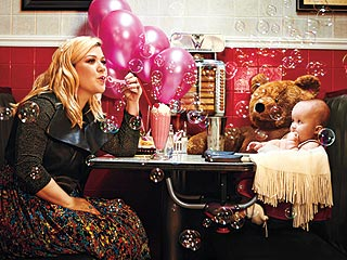 Cover Story: Kelly Clarkson Shares How Motherhood Has Changed Her