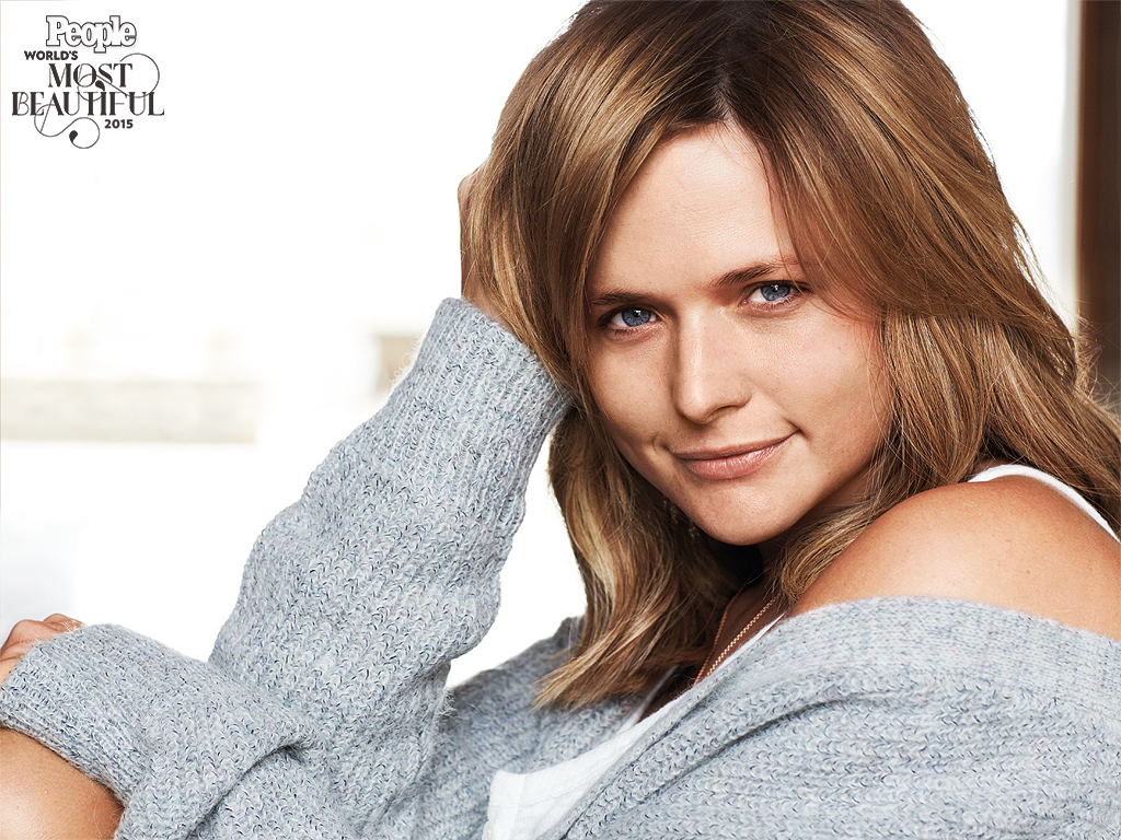 Miranda Lambert Poses Without Makeup: See the Photo