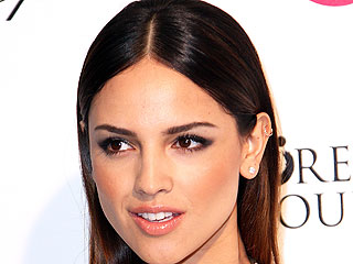 From Dusk Till Dawn Star Eiza González Is the New Face of Neutrogena!