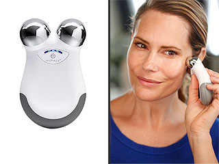 The 5-Minute At-Home Face-Lift Is Now a Thing Thanks to This Device