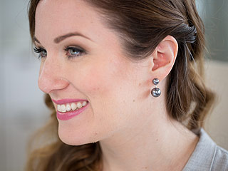 These Floating Pearl Earrings Are Serious Multitaskers