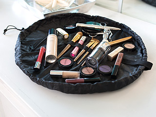 A Genius New Way to Store Makeup – Shop Now!