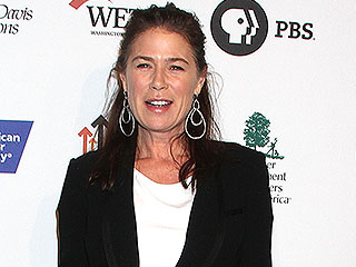 VIDEO: The Affair Star Maura Tierney Dishes on the Last Time She Couldn't Stop Laughing