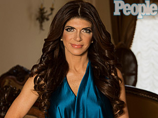 VIDEO: Oatmeal and Salad – Teresa Giudice Describes Her Prison Diet