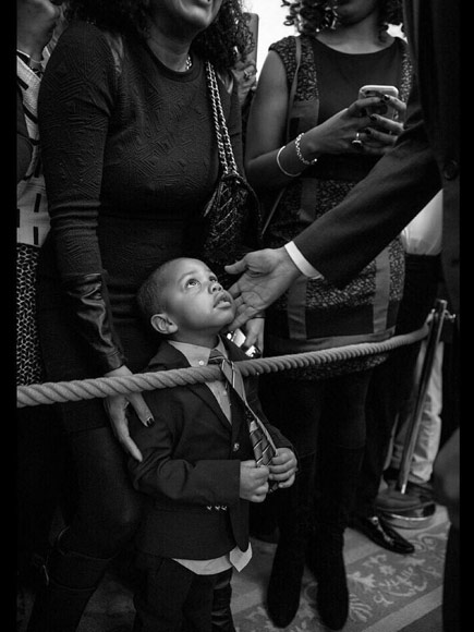 #ObamaAndKids: Fans Share Photos of Obama with Children for Black History Month