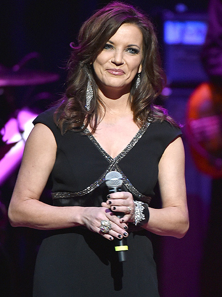 "Martina McBride Talks About Her New Song ""Reckless"""