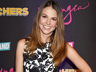Younger's Sutton Foster, 41, on Dressing Like a 26-Year-Old: 'It's Terrifying'