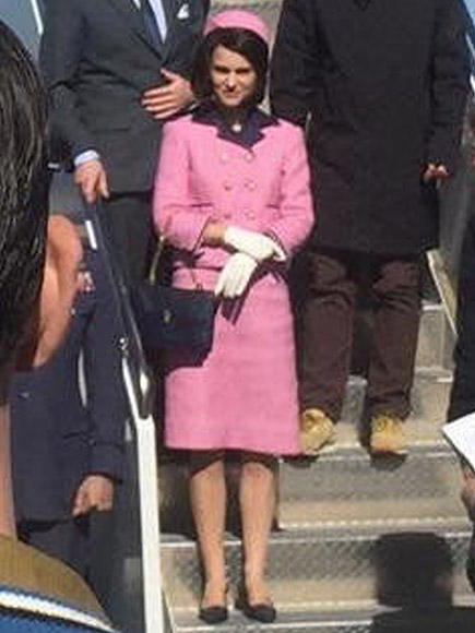 Natalie Portman Wears Jacqueline Kennedy S Famous Pink