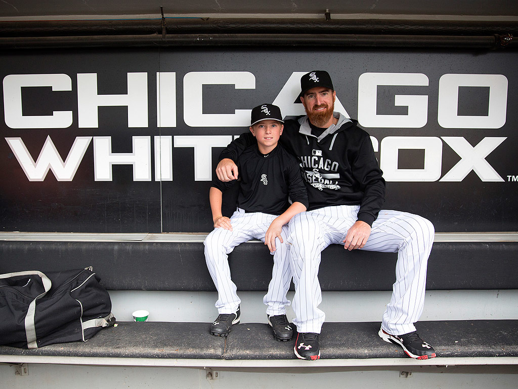 White Sox Player Adam LaRoche Retires from $13 Million Contract over Teen Son