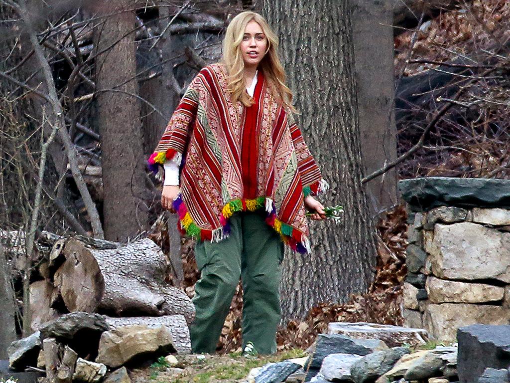 Miley Cyrus on Set of Woody Allen's Amazon TV Series: Photos