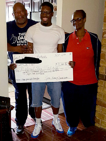 Houston College Student Pays off Grandparents' Mortgage