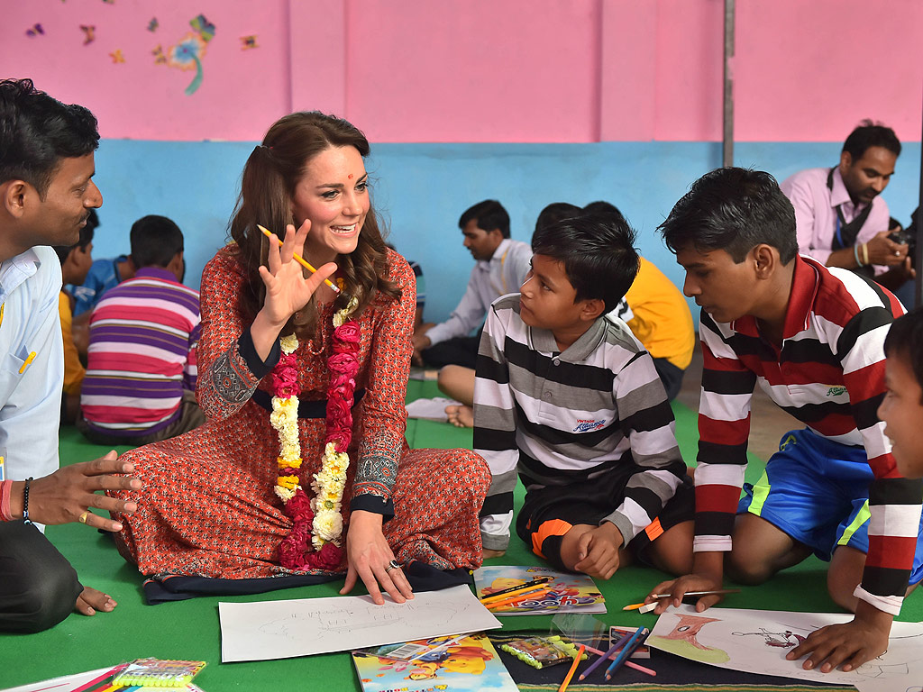 Royal Tour of India: Princess Kate Changes Outfit to Meet Prime Minister