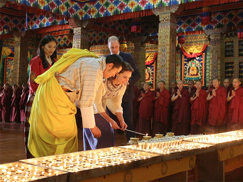 Princess Kate and Prince William Meet King and Queen of Bhutan