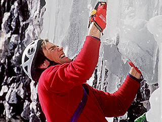 Bodies Of Climber Alex Lowe and His Cameraman Found 16 Years After They Were Killed By a Himalayan Avalanche