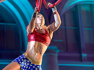 WATCH: Supergirl and Wonder Woman All in One! Stuntwoman Jessie Graff Powers Through American Ninja Warrior's Exhausting Obstacles