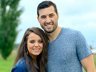 WATCH: Jinger Duggar Is 'Head Over Heels' in Love with Jeremy Vuolo