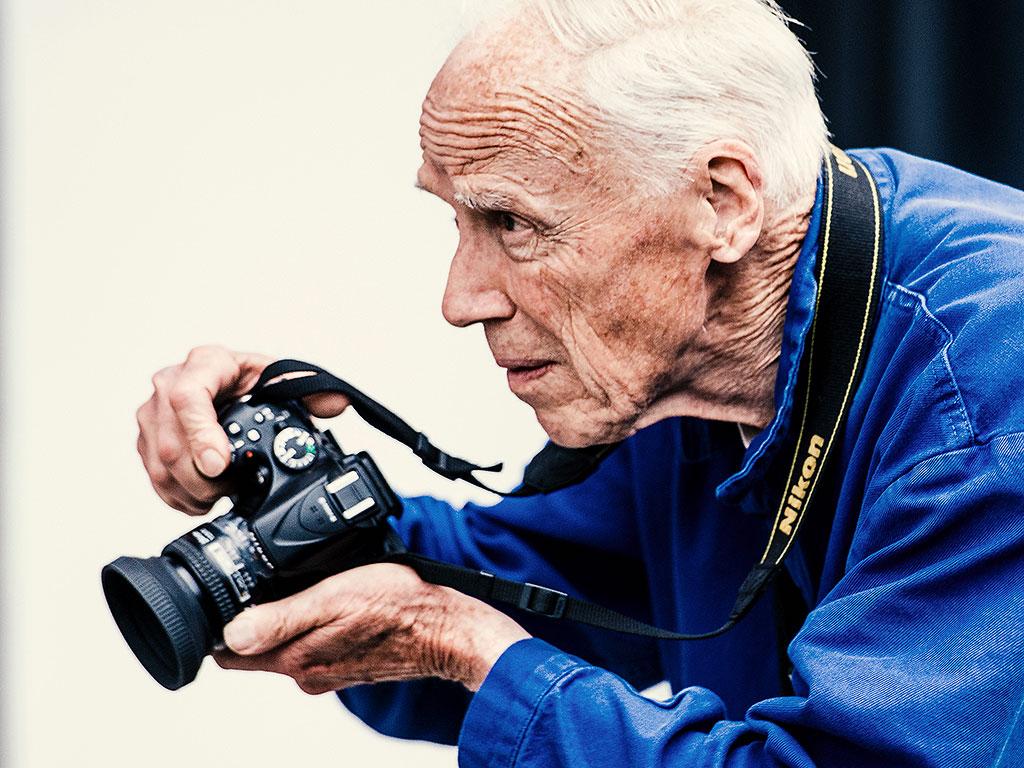 Bill Cunningham, New York Times Fashion Photographer, Dies ...