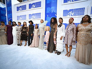 How Beyoncé Made a Powerful Black Lives Matter Statement on the VMAs Carpet