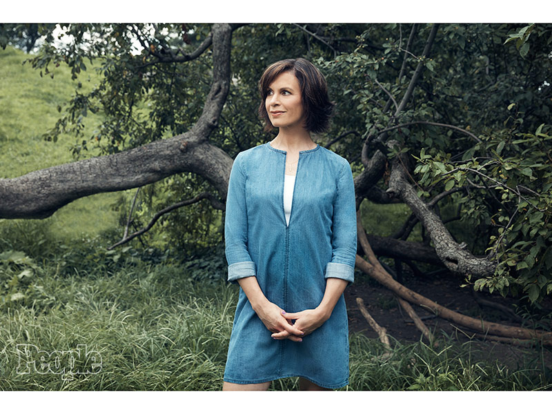 Elizabeth Vargas Opens Up About Alcohol Addiction In New