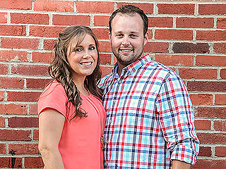Duggar Family Shares Rare Photo of Josh and Anna Amid Couple's Anniversary