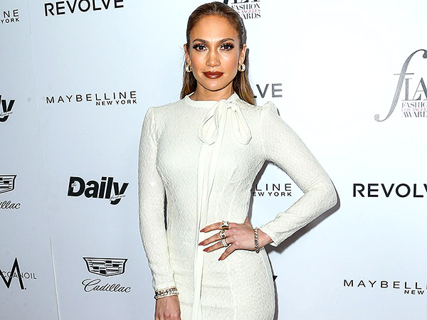 PHOTOS: Jennifer Lopez's Luxe L.A. Mansion Is as Stunning as She Is – and That's Saying a Lot