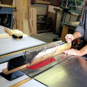 Ripping a Narrow Piece with a table saw