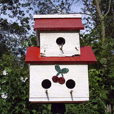 doubledecker red and white birdhouse