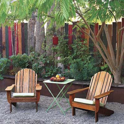 When you want to be alone 10 ways to add privacy to your for Backyard screening ideas