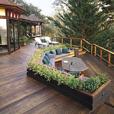 Container gardens for deck privacy 10 ways to add for Privacy planters for decks