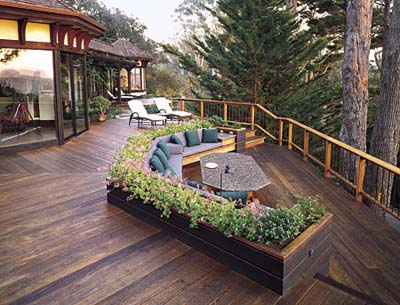 A deck that doesn't block the view from the home