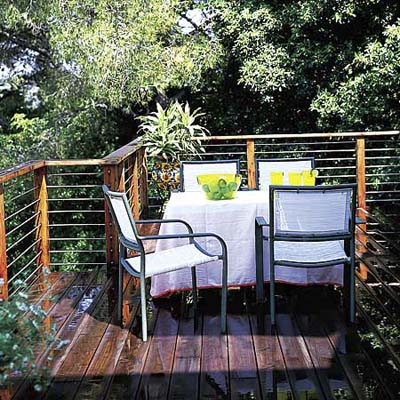 deck with steel cable railing
