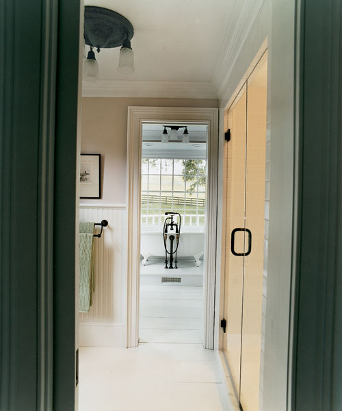 pocket doors between grooming areas