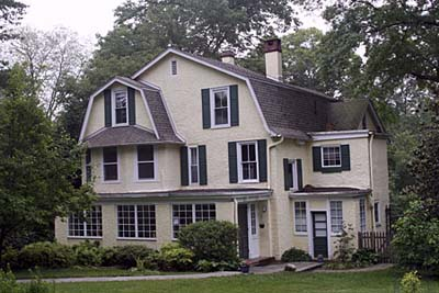 Light shade of exterior paint with white details