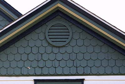 Sticking to lines with exterior paint