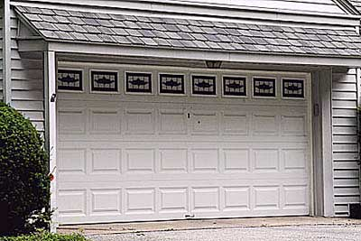 garage door with a traditional overhead