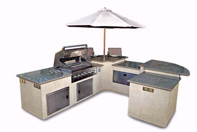 u-shaped outdoor kitchen