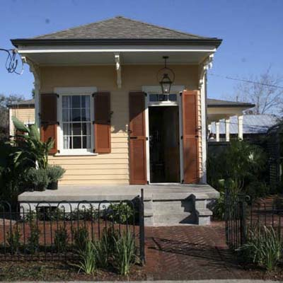 modest facade of new orleans house