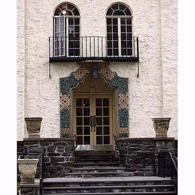 Hispano-Moorish arch entryway