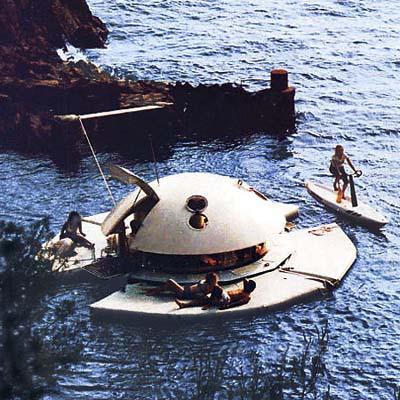 hammacher schlemmer aquatic pod suite floating house