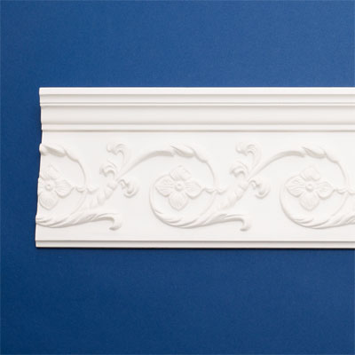 Graceful Garland style crown molding