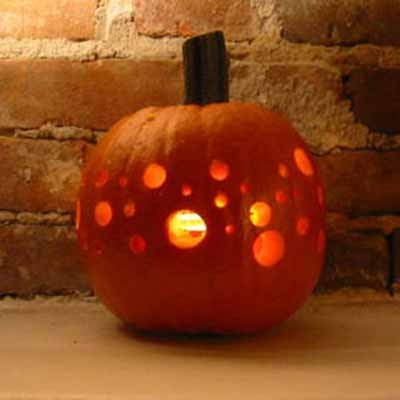 how to carve a pumpkin: light it