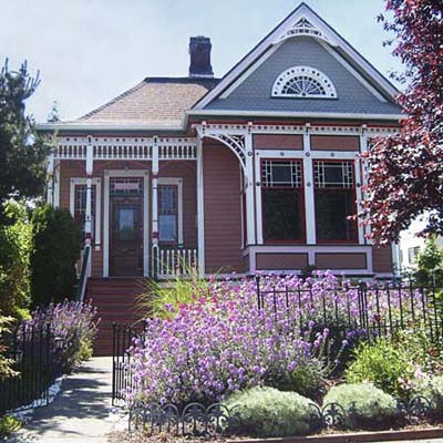 example of a best old house in the neighborhood of the mckinley hill neighborhood tacoma washington