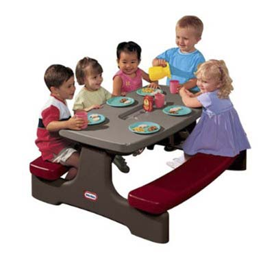 outdoor kids' picnic table